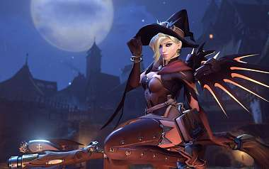 Hráči fotobombují bosse v Overwatch halloweenském módu