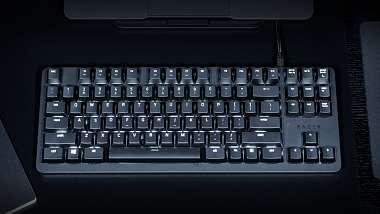 razer-predstavil-verzi-mechaniky-blackwidow-pro-kancelar