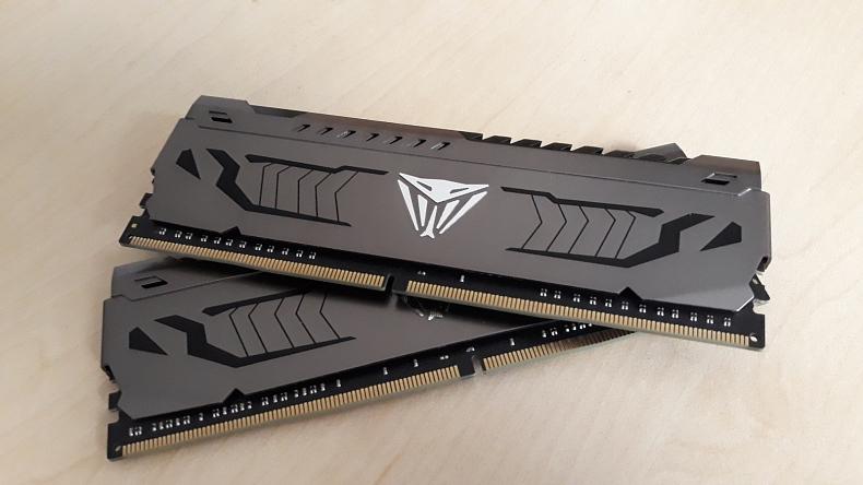 Patriot Viper Steel Series 16GB DDR4 4400 MHz