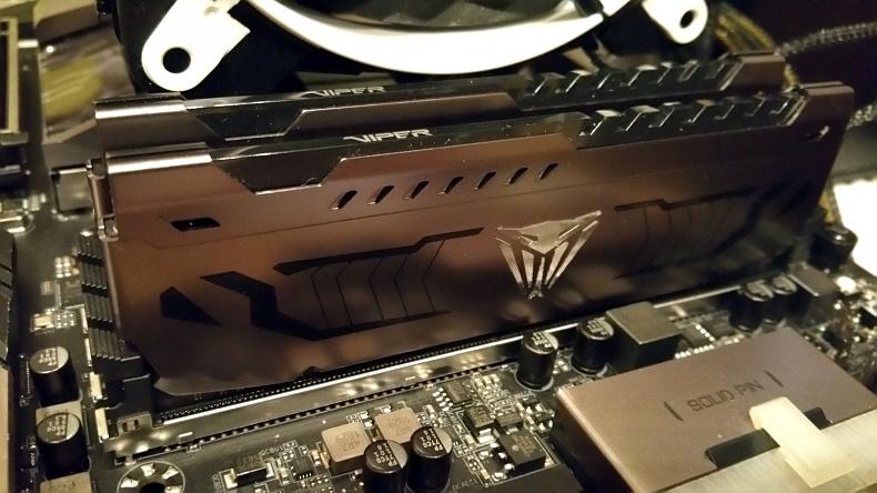 Patriot Viper Steel Series 16 GB 4400 MHz